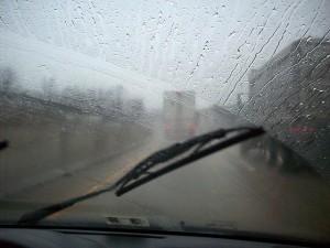 windshield-wiper-streaks